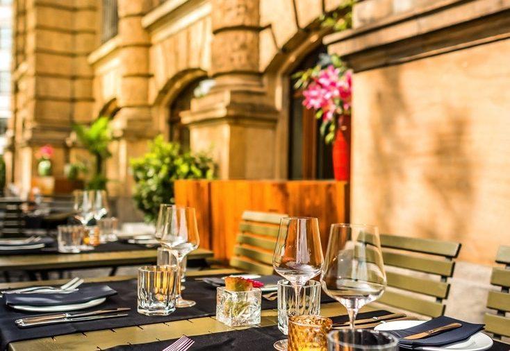 Terrasse Heart Restaurant Bar Heart