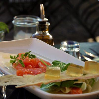 Lachs Ceviche mit Ingwergel