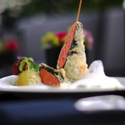 Basilikumsorbet mit weissem Tomatenschaum & Lachsinvoltini