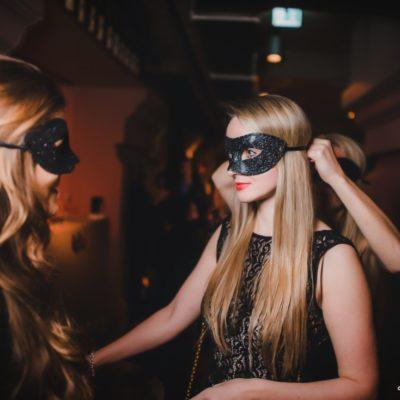 masquerade-16-11