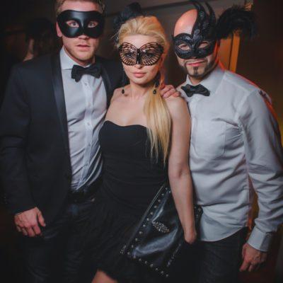 masquerade-16-42