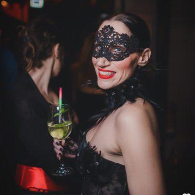masquerade-16-52
