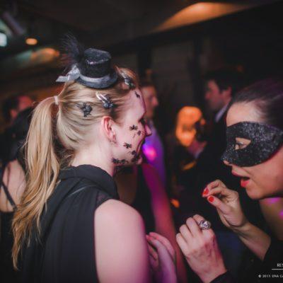 masquerade-16-53