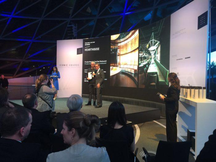 Preisübergabe in der BMW Welt - Iconic Award Hearthouse Munich