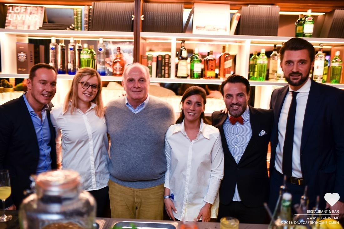 Daniel Laurent, Claudia Jarkowski, Uli Hoeneß, Juli Henke, Ayhan Durak (von links nach rechts)