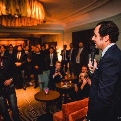 Dr. Dominik Pförringer bei der Begrüßung der Gäste