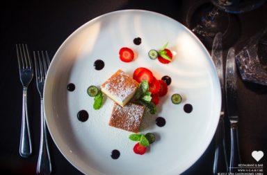 American Cheesecake - Heart Restaurant &  Bar