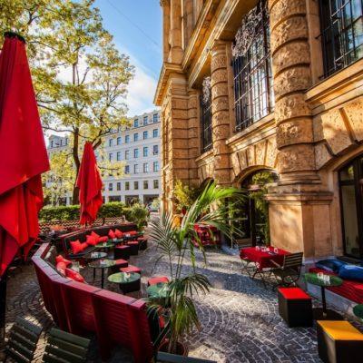 Terrasse - Heart Restaurant & Bar - München